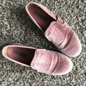 Steve Madden Pink Velvet Sneakers Evangel size 7.5